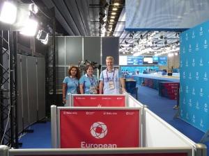 Mit meinen Teamkollegen Kamala und Nicklas in der Mixed Zone von Crystal Hall 3 (Taekwondo/Fechten) in Baku