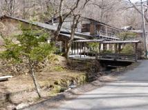 Der Ryokan lag mitten im Wald