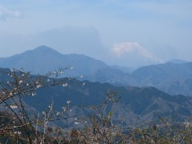 Blick über die Berge zum majestätischen Fuji